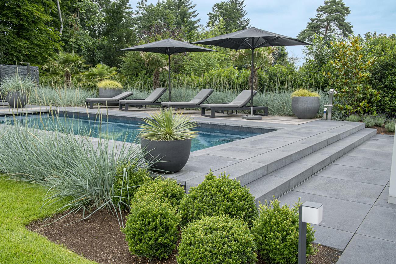 PoolDesign Relaxed-Garten